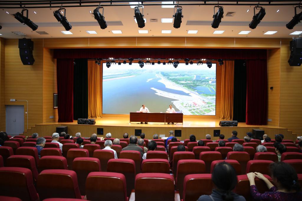 学院组织离退休老干部参观滨海校区-潍坊职业学院