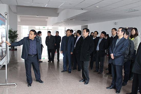 学院滨海校区的建设和管理情况,并对正在我院举办的2014年山东省职业